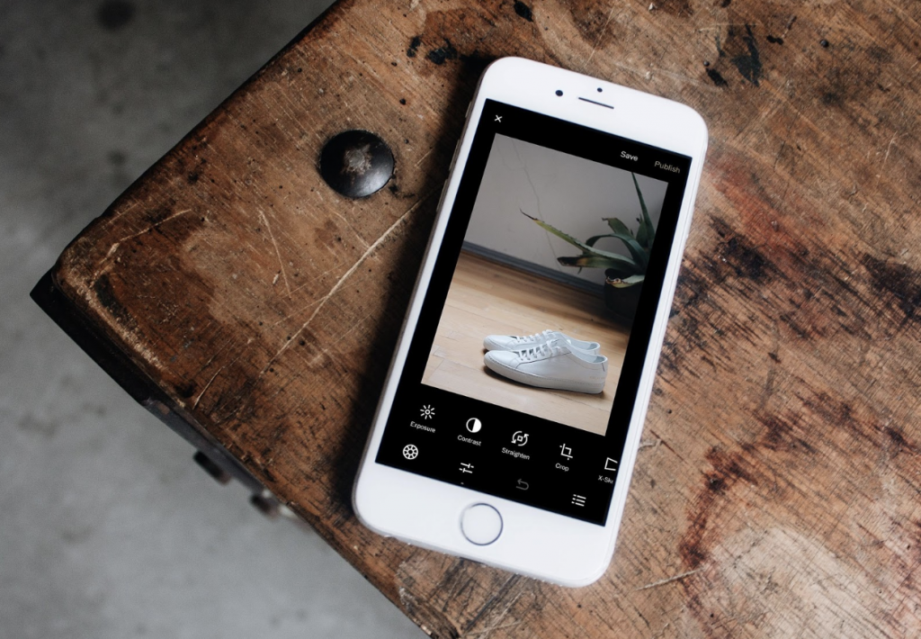 Instagram stories editing app. Photo by Unsplash.